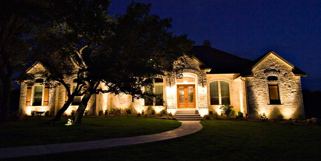 5 Landscape Lighting Tips and Tricks