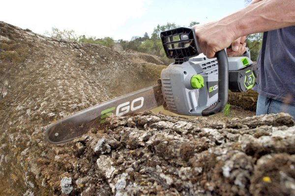 EGO_Chain Saw_In Use (2)