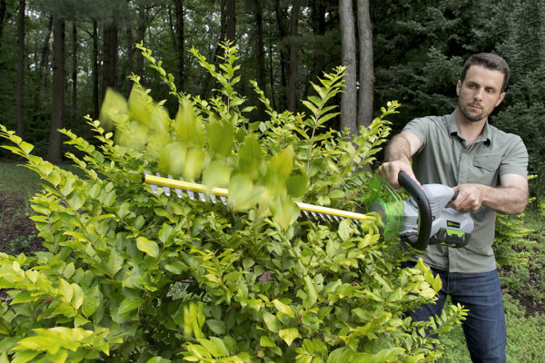 EGO_HT2401_Hedge Trimmer_In Use